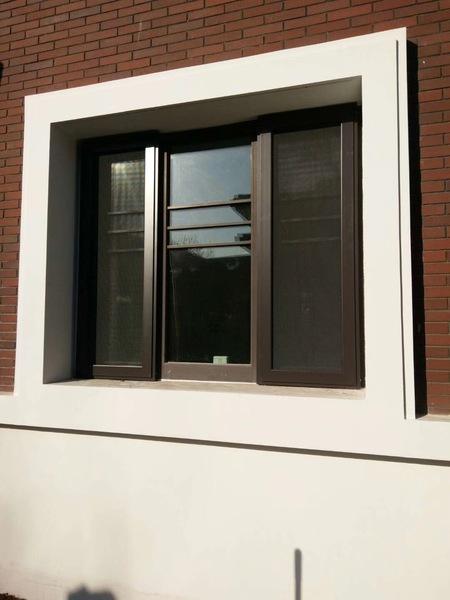 安装防盗纱窗图片